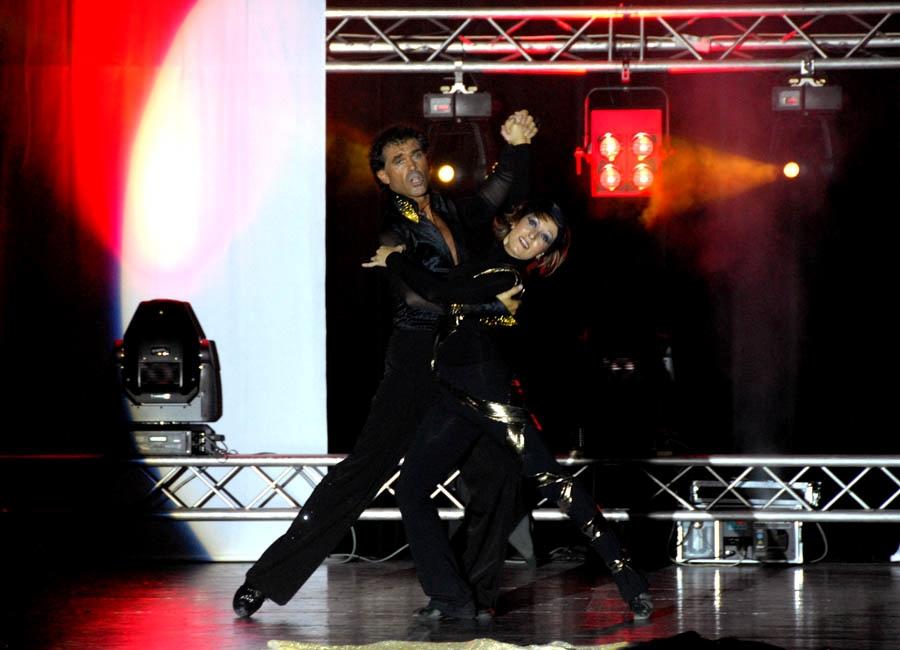 tanzstudio 20100525 1425918153 - Tanzshow Fire on Stage 2007