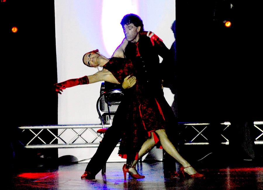 tanzstudio 20100525 1428280715 Tanzshow Fire on Stage 2007