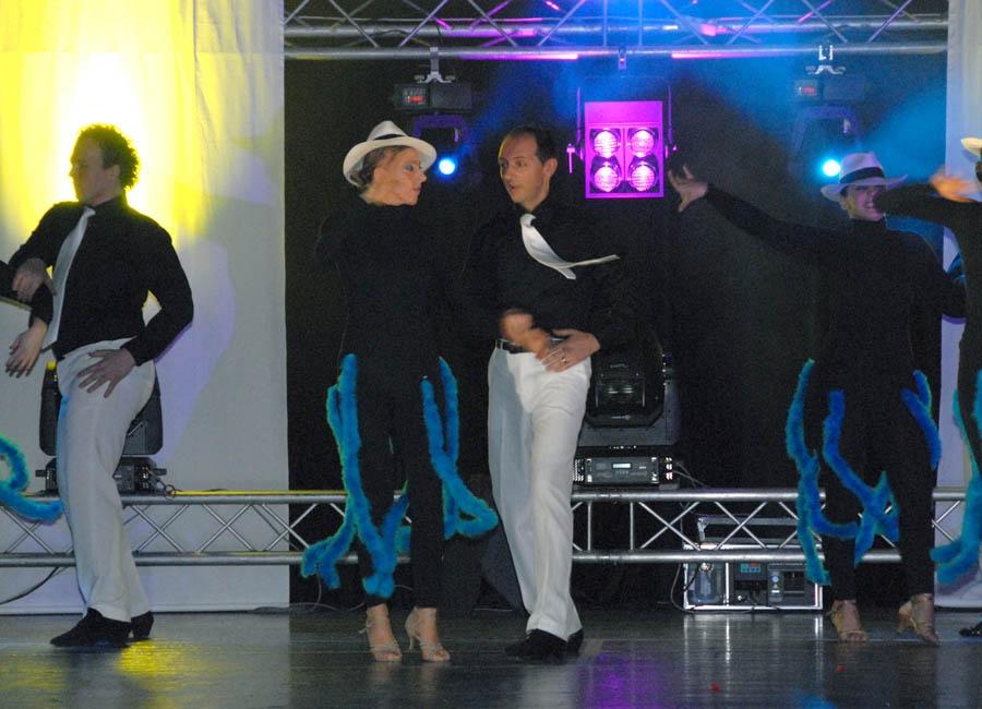 tanzstudio 20100525 1431702067 Tanzshow Fire on Stage 2007