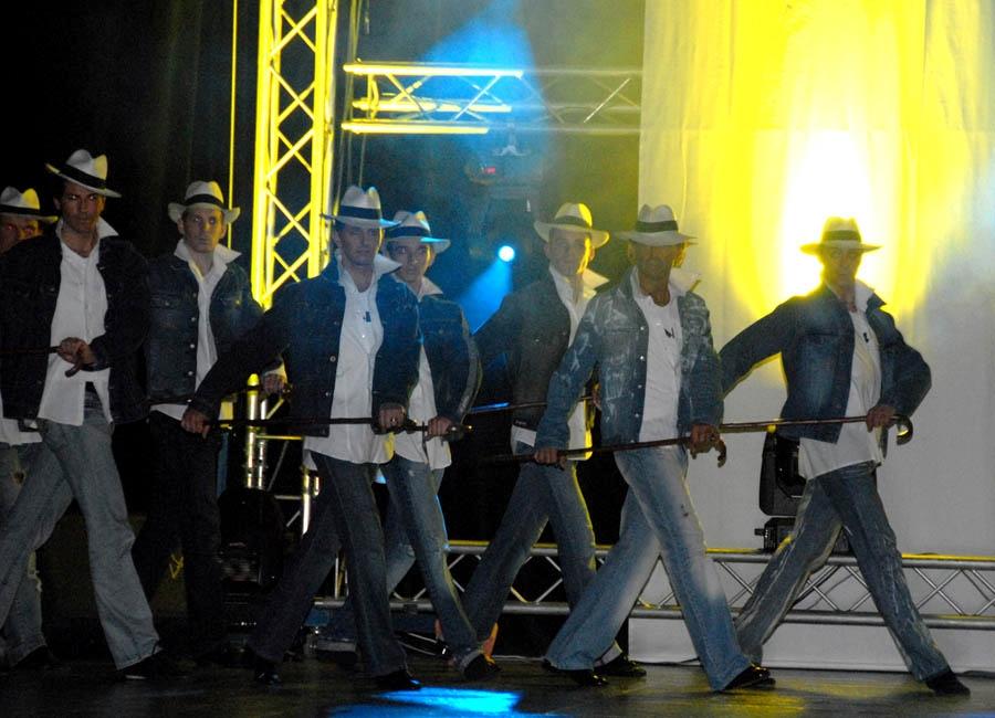 tanzstudio 20100525 1593976276 Tanzshow Fire on Stage 2007
