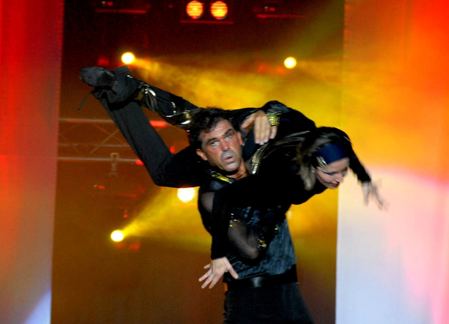 tanzstudio 20100525 1625477472 Tanzshow Fire on Stage 2007
