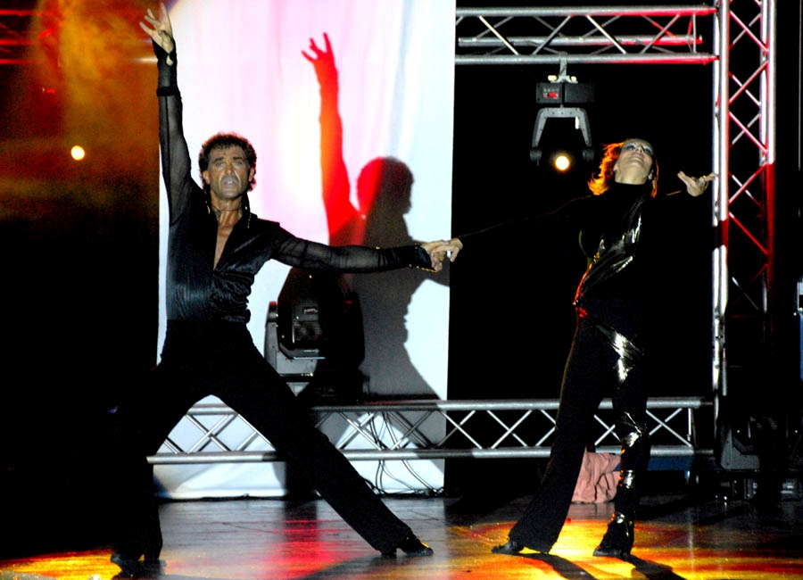 tanzstudio 20100525 1660287723 Tanzshow Fire on Stage 2007