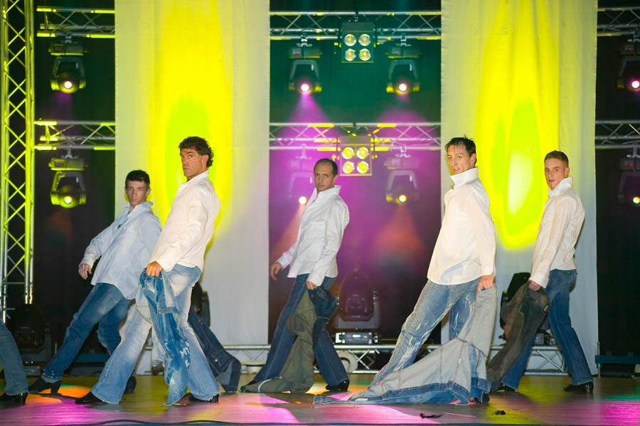 tanzstudio 20100525 1696071829 Tanzshow Fire on Stage 2007