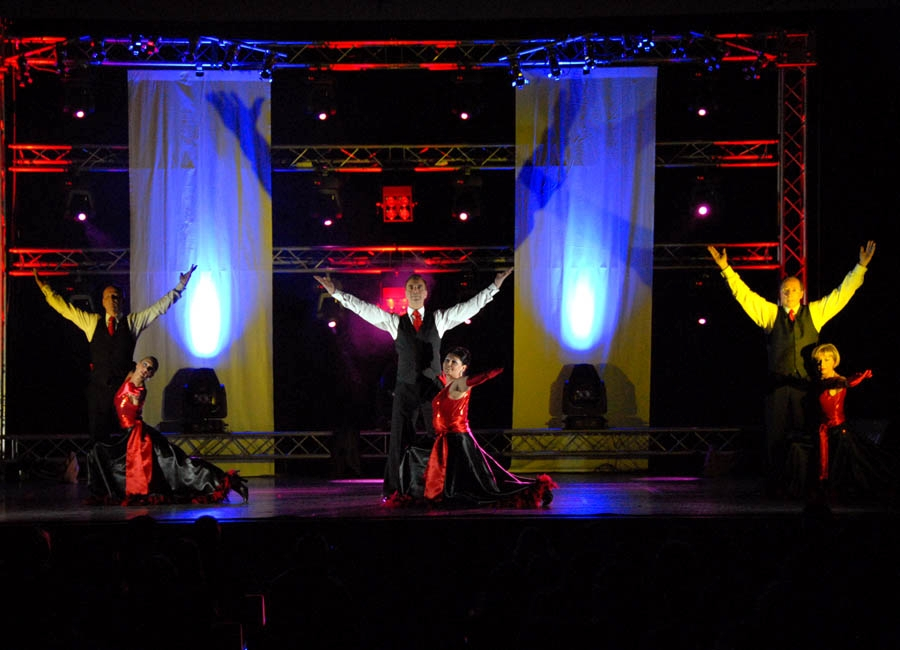 tanzstudio 20100525 1750731263 Tanzshow Fire on Stage 2007