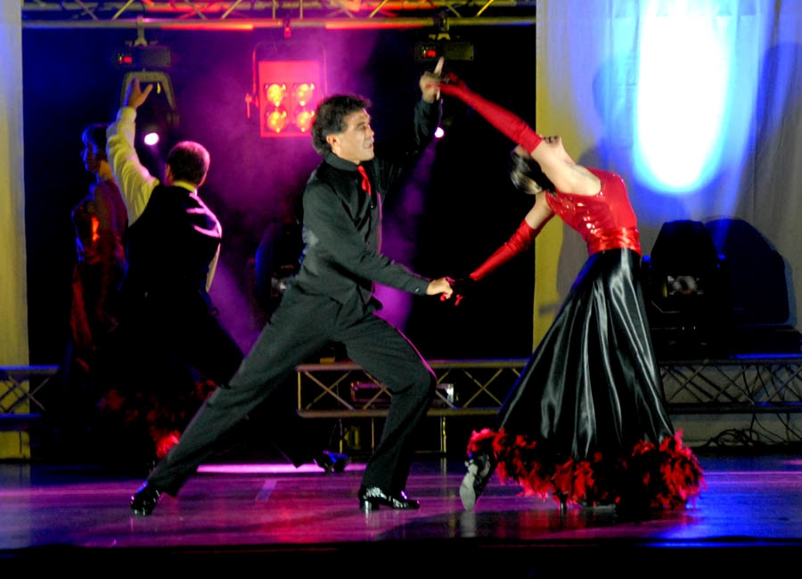 tanzstudio 20100525 1795286199 Tanzshow Fire on Stage 2007