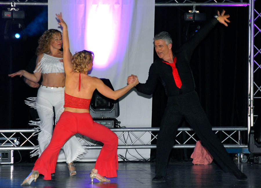 tanzstudio 20100525 1925131325 Tanzshow Fire on Stage 2007