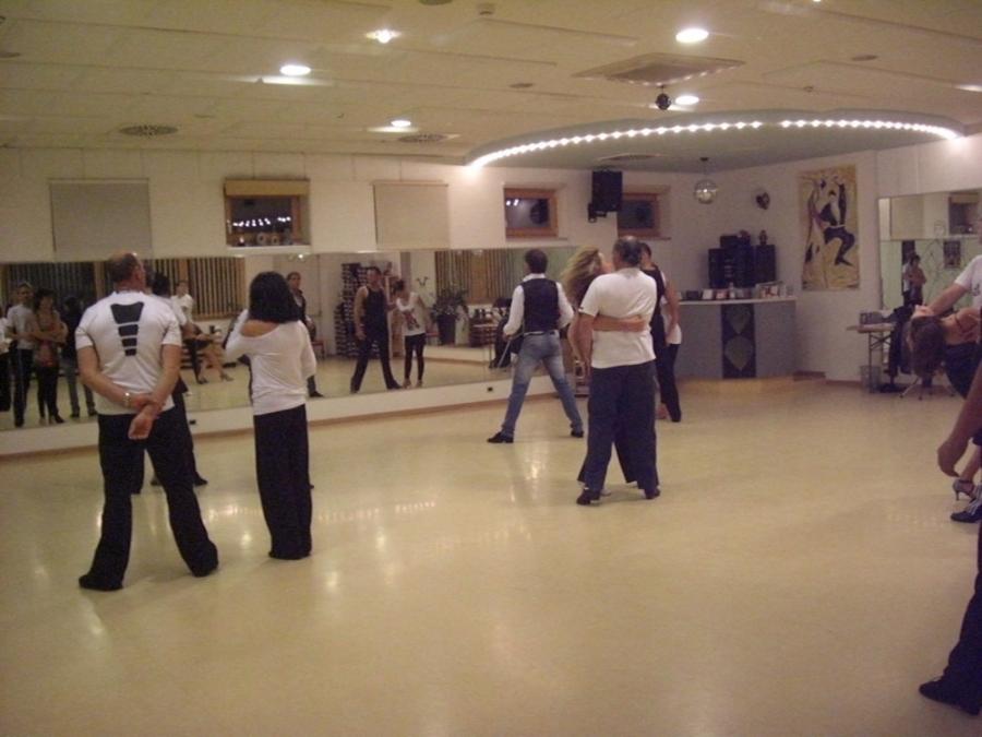 Tanzstudio Turnier und Sporttänzer 32 Ballerini di tornei e sportivi