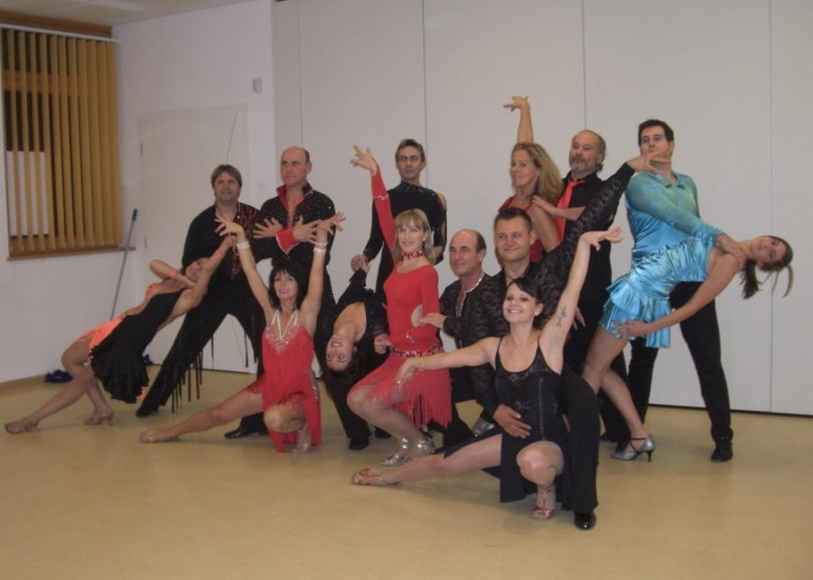 Tanzstudio Turnier und Sporttänzer 36 Ballerini di tornei e sportivi