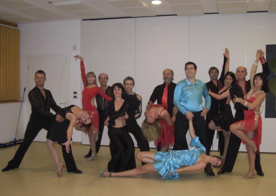 Tanzstudio Turnier und Sporttänzer 37 Ballerini di tornei e sportivi
