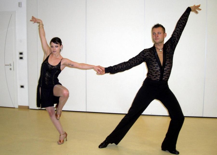 Tanzstudio Turnier und Sporttänzer 4 Ballerini di tornei e sportivi