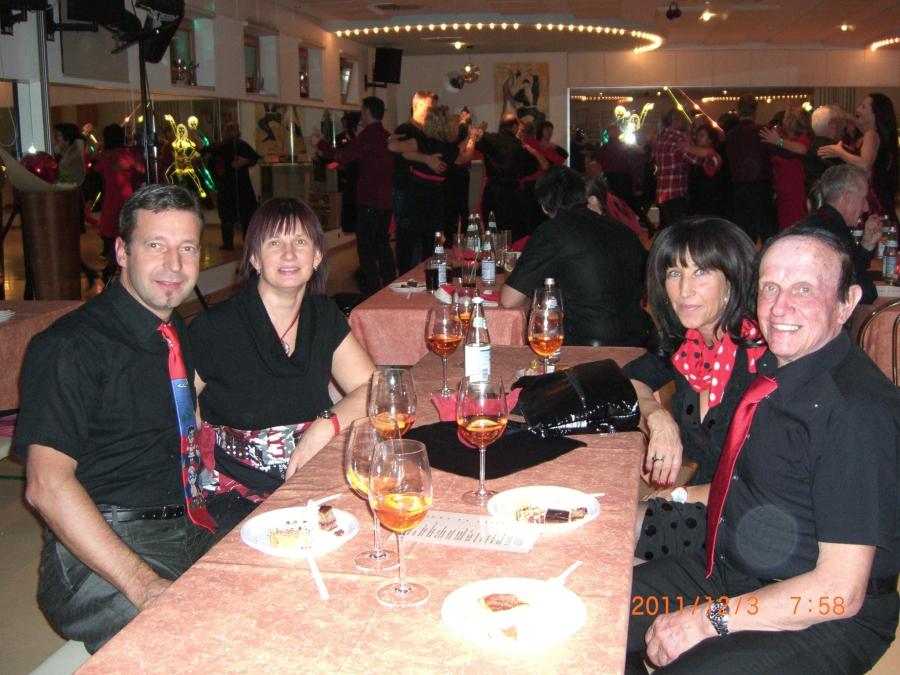 tanzstudio 20111206 2072544351 - Rosso Nero 2011