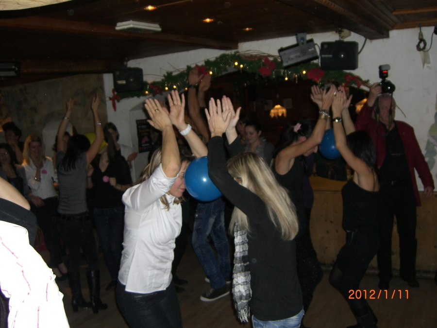 weihnachtsfeier zumba 2012 20121218 1127165128 - Weihnachtsfeier Zumba 2012